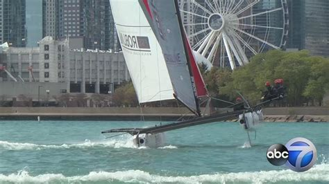 speed boat navy pier high speed sail boats race along navy pier abc7chicago
