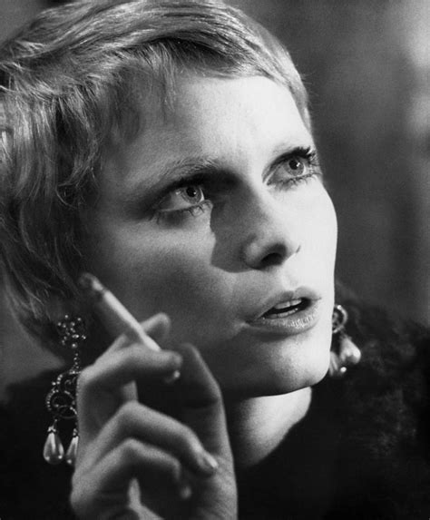 mia farrow haircut 136 best images about mia farrow on pinterest short