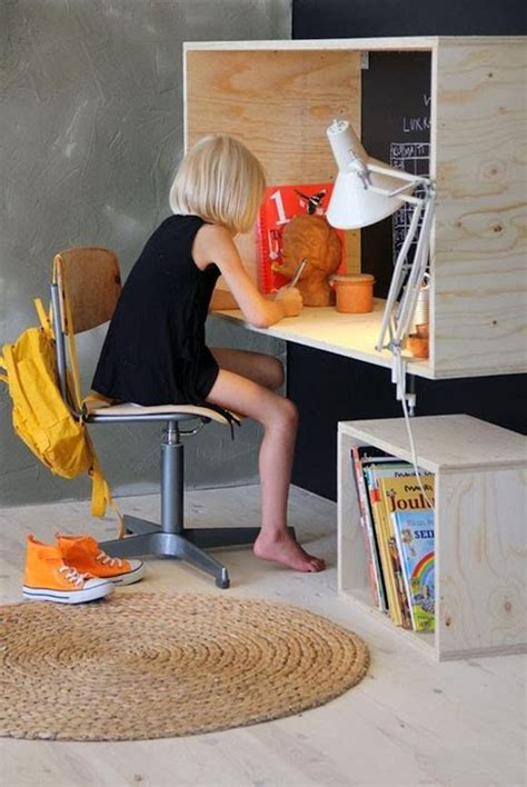 Simple Plywood Desk by Kid S Rooms Decorating With Plywood Handmade