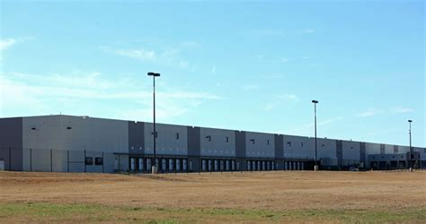 wayfair to open mcdonough distribution center