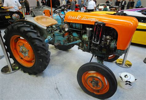Lamborghini Tracktor Lamborghini Tractor Ive Seen A Few Of The Newer Ones