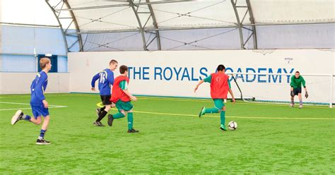 reading training around new reading fc training dome gets the go ahead get reading