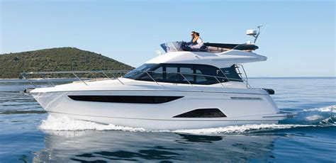 yacht motor boat services 2017 bavaria r40 fly power boat for sale www yachtworld