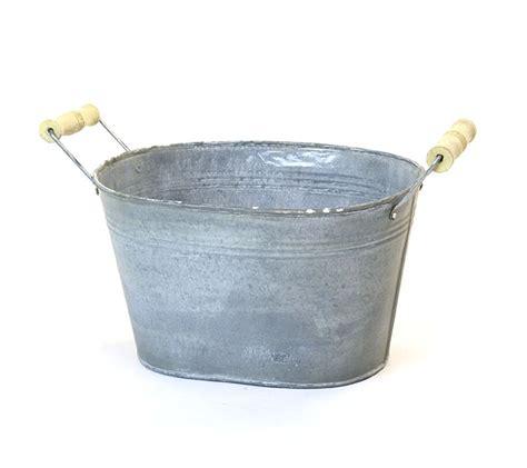 vintage galvanized bathtub galvanized oval tub 10 quot vintage finish