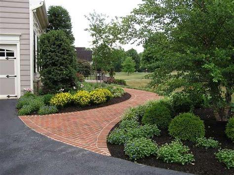 25 best ideas about brick sidewalk on pinterest brick pathway brick walkway and brick path