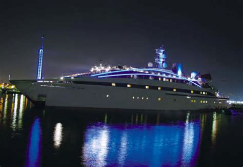 yacht boat hire london thames boat hire memorable boat ride experience on the