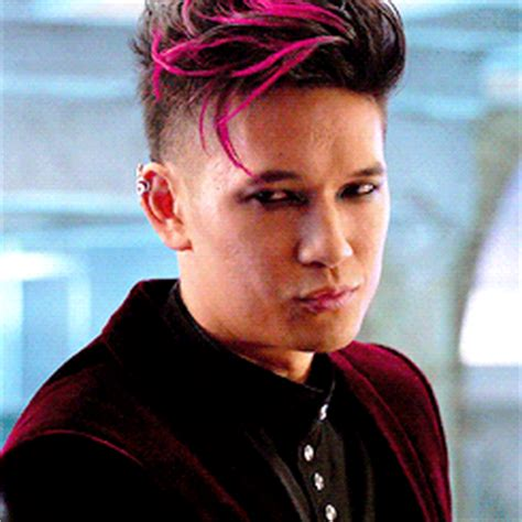banes hair stle magnus gif find share on giphy