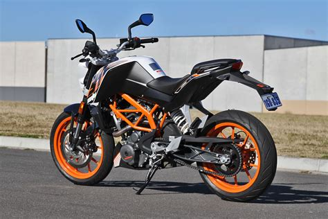 2014 Ktm Duke 390 Tested 2014 Ktm 390 Duke Cycleonline Au