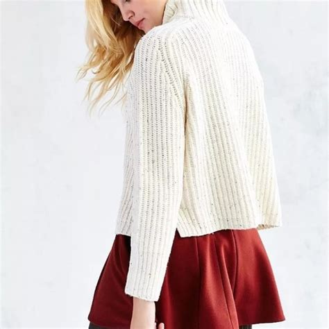 Sweater Surf Urgan 22 55 outfitters sweaters outfitters abigail turtleneck sweater from cat s