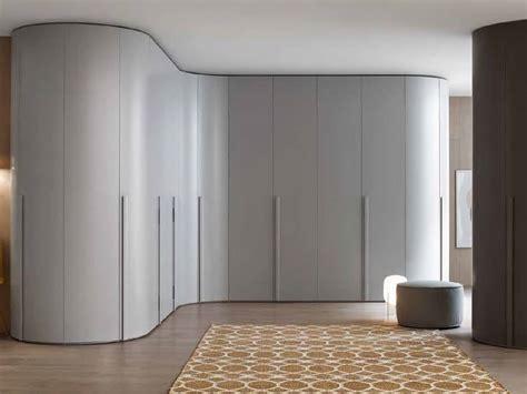 armadi con angolo armadio con angolo spogliatoio mobilificio domus