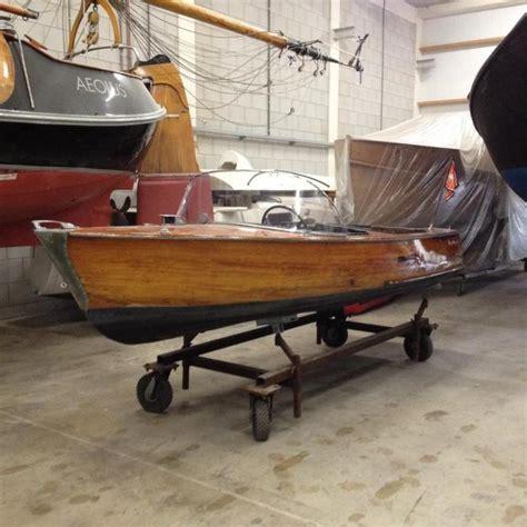 klassieke speedboot klassieke houten deense speedboot grachtenboot