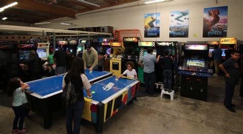 table pizza jackson ca threeplay fridays start at royce s arcade warehouse on