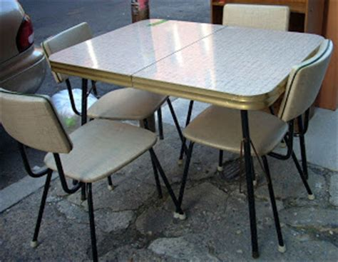 uhuru furniture collectibles retro 60 s kitchen table