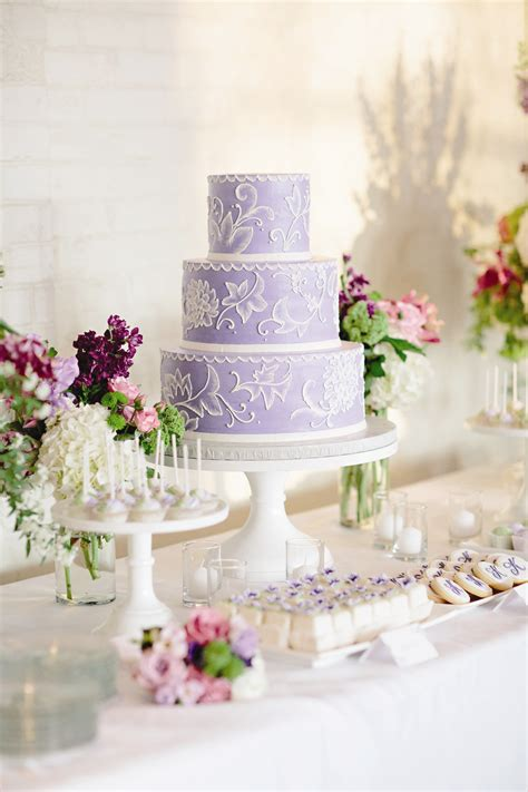 Hochzeitstorte Lavendel by Lavender And White Wedding Cake