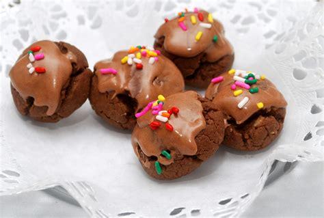 cnyeats a taste of utica italian chocolate toto cookies