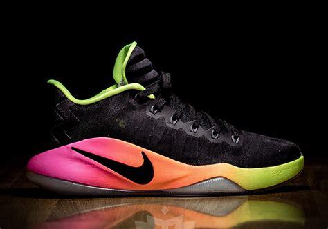 Sepatu Basket Hyperdunk 2016 Low Unlimited nike hyperdunk 2016 low unlimited 844363 017 sneakernews