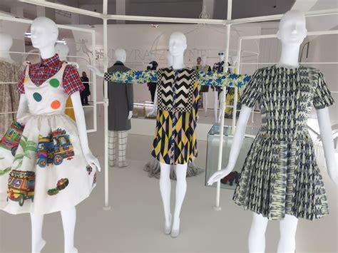 italiana della moda il nuovo vocabolario della moda a in mostra la