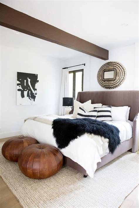 bedroom pouffe best 20 leather pouf ideas on pinterest boho living