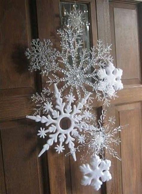 ways   snowflakes  winter home decorating