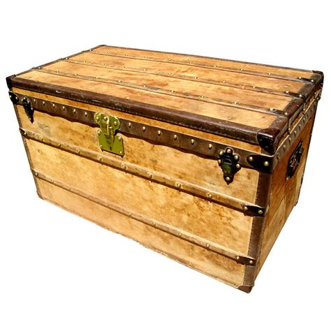 antique louis vuitton wooden steamer trunk coffee table