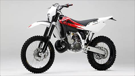 Husqvarna Motorcycles Dealers Canada by Husqvarna Now Distributed In Canada By Barrett Marketing