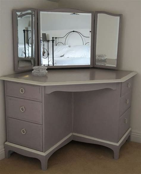 Corner Vanity Desk by Best 25 Corner Dressing Table Ideas On Makeup