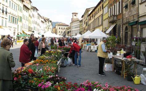 mercato dei fiori di pescia pescia e la svizzera pesciatina un incontro di paesi