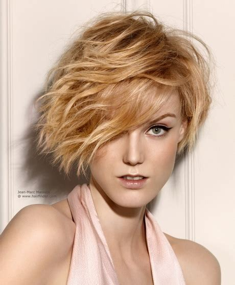 short hairstyle with shorter one side one side short haircut