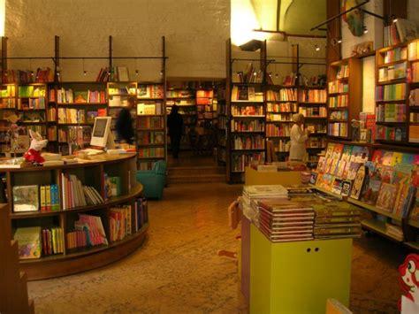 libreria via rizzoli bologna giannino stoppani libreria per ragazzi la libreria