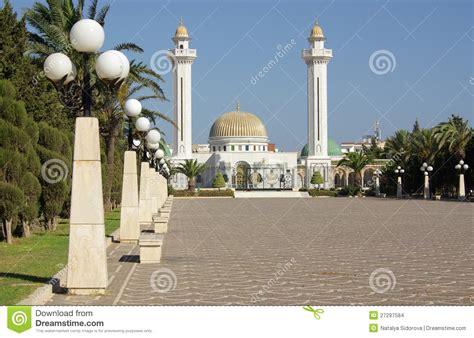 bé tunisia mausoleo di bourguiba in tunisia in africa fotografia