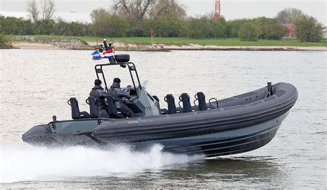 rib boat extreme rigid hull inflatable boat 1050