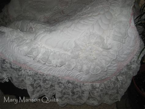 pattern for wedding dress quilt you have to see wedding dress quilt by mary manson