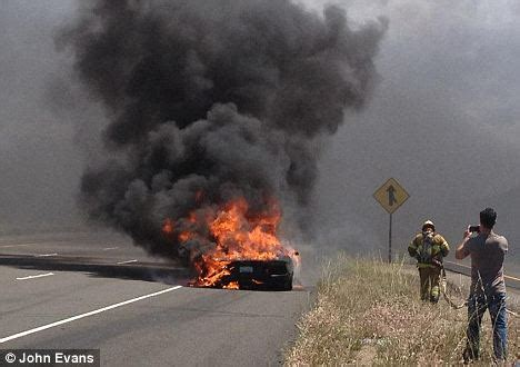 Wildfire Spectators Cause Problems lamborghini on of 376k sports car burning to the ground on test drive daily mail