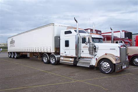 kenworth trucks canada ab big rig weekend 2004 pro trucker magazine canada s