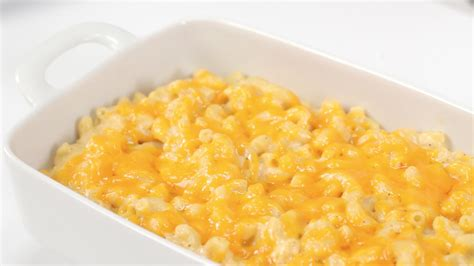 macaroni and cheese how to make classic baked macaroni and cheese myrecipes