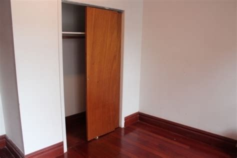 barack obama bedroom president obama s former new york apartment for rent zillow porchlight