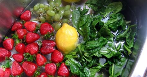 Simple Fruits And Veggie Detox by 6 Simple Tricks To Remove Pesticides From Your Food And