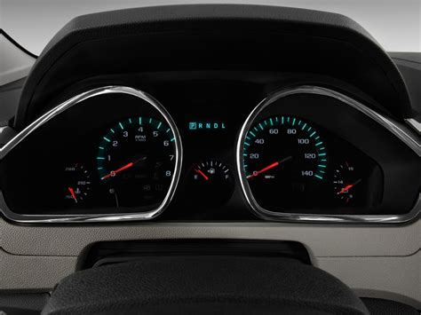 buy car manuals 2009 chevrolet traverse instrument cluster image 2009 chevrolet traverse fwd 4 door ltz instrument cluster size 1024 x 768 type gif