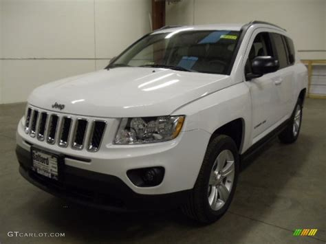 compass jeep white 2012 bright white jeep compass latitude 4x4 58448096