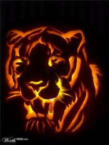 Pumpkin carving jack o lantern for halloween carving ideas to pattern