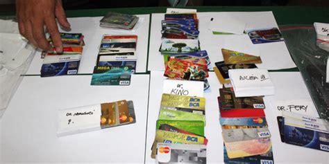 pembuatan kartu kredit termudah polisi semarang ungkap praktik pembuatan kartu kredit