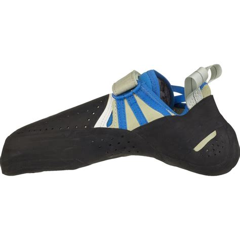 fitting climbing shoes butora acro climbing shoe tight fit backcountry