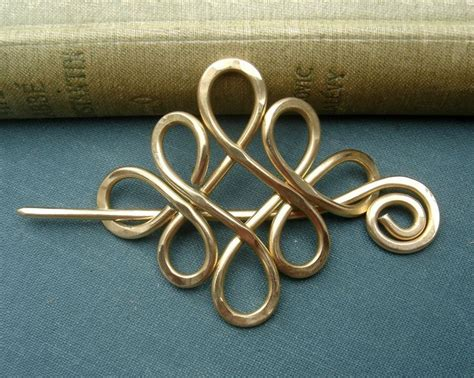 hair on pinterest 170 pins 1000 images about shawl pins on pinterest copper hair