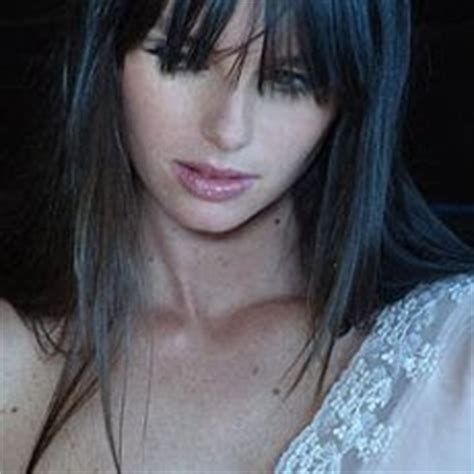 Carolina Reston Second Supermodel Dies Of Anorexia by Medusa July 2008