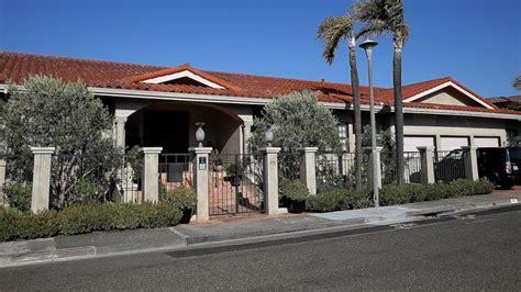 robin williams house robin williams luxurious napa estate still for sale after his tragic death abc news