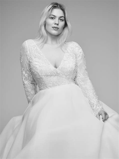Anne Barge Offers Plus Size Designer Wedding Gowns with Curve Couture - Lyceum