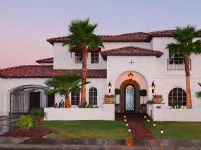 the exterior of this traditional spanish style home has a modern spanish home design ideas pictures remodel and decor