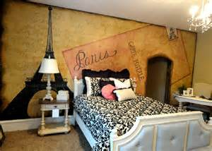 themed bedrooms artistic murals paris themed room