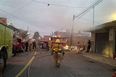 bomberos imagenes fuertes fuerte incendio moviliza a bomberos en zamora