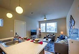 beechwood village apartments fayetteville ar